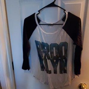 Mid Sleeve Shirt